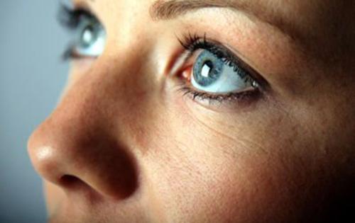 Η μύτη μας διακρίνει ένα τρισεκατομμύριο μυρωδιές