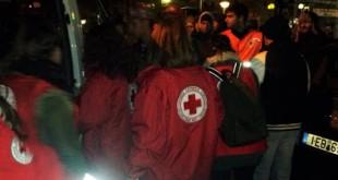 Κλιμάκια του Ελληνικού Ερυθρού Σταυρού υποστηρίζουν τους άστεγους και τους μετανάστες που ζουν στο κέντρο της Αθήνας