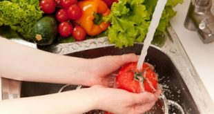 Πώς πλένουμε τα φρούτα και λαχανικά. Γιατί δεν χρησιμοποιούμε σαπούνι