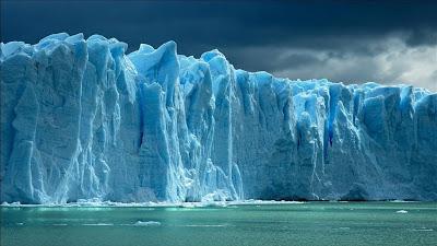 Παγόβουνο μεγέθους όσο το Μπαλί ετοιμάζεται να αποκολληθεί στην Ανταρκτική