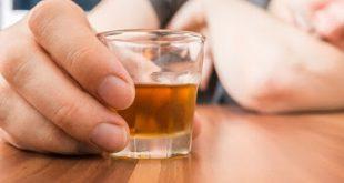 Πώς σχετίζεται το αλκοόλ με καρδιολογικά προβλήματα