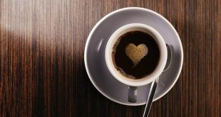 Τρία τρικ για να μείνετε ξύπνιοι χωρίς καφέ