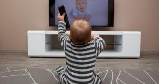Σε ποια ηλικία μπορεί ένα παιδί να ξεκινήσει να βλέπει τηλεόραση