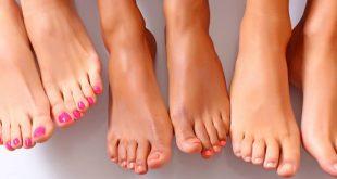 Τρεις τρόποι για να καταπολεμήσετε τη δυσοσμία των ποδιών