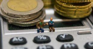 Εαρινή έφοδος σε επαγγελματίες και συνταξιούχους