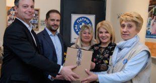 Η Pfizer Hellas στηρίζει τους «Γιατρούς του Κόσμου» για την εμβολιαστική κάλυψη ανασφάλιστων παιδιών στην Β. Ελλάδα