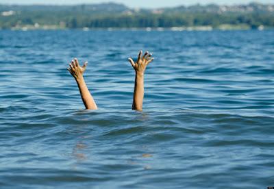 Οδηγίες για πρόληψη του πνιγμού στο νερό. Οι πνιγμοί είναι η δεύτερη συχνότερη αιτία θανάτων λόγω ατυχημάτων, στα παιδιά κάτω των 14 ετών