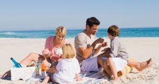 Περισσότεροι από τους μισούς Έλληνες δεν έχουν χρήματα ούτε για μία εβδομάδα διακοπών τον χρόνο