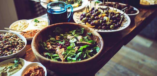 Τα τρόφιμα που σας κάνουν να πεινάτε -Σαλάτες και χυμοί