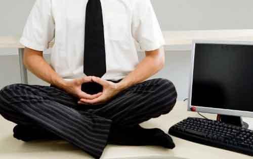 Κάντε διαλογισμό για να αντέξετε το στρες της δουλειάς