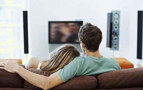 Τα τηλεοπτικά προγράμματα που… παχαίνουν