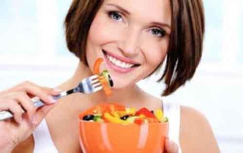Χάστε τα παραπανίσια κιλά τρώγοντας. Έξυπνες τεχνικές για να κόψετε την όρεξη.