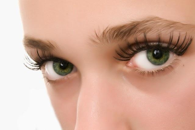 Τι ανάγκες από βιταμίνες έχουν τα μάτια μας; Κατάλληλες τροφές για τα μάτια