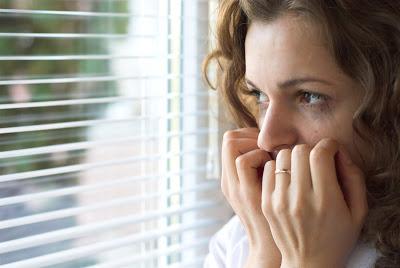 Οι φοβίες, μιας επερχόμενης καταστροφής, φέρνουν αύξηση καρδιακών παλμών, κρίσεις πανικού, κοινωνική απομόνωση. Οδηγίες επιβίωσης