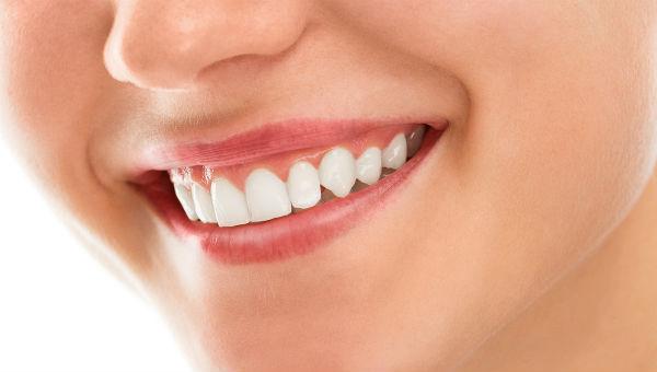 Φροντίστε τα ούλα και τα δόντια σας
