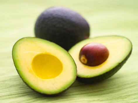 Αβοκάντο: Mην το φας, κάνε το ντεμακιγιάζ ματιών!