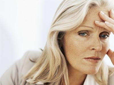 Είναι άνοια ή κατάθλιψη; Τι σχέση υπάρχει; Πώς μπορεί να μειωθεί ο κίνδυνος για κατάθλιψη στις περιπτώσεις άνοιας;