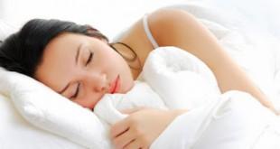 Οι σωστές και λάθος στάσεις στον ύπνο για να ξυπνάτε χωρίς πόνους και στομαχικά προβλήματα