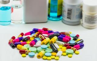 Ανασφάλιστοι: Ξεκίνησε η φαρμακευτική κάλυψη, η φαρμακοβιομηχανία επιμένει όμως για ξεχωριστό κονδύλι