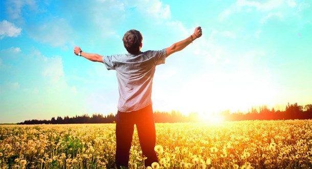 Με τόσο ήλιο δεν μας λείπει η βιταμίνη D. Σωστά;