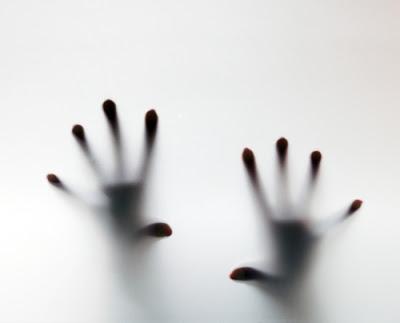 Ραγδαία αυξάνουν οι αυτοκτονίες σε όλο τον κόσμο. Οι γυναίκες κάνουν τις περισσότερες απόπειρες