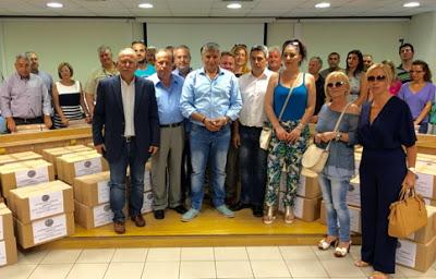 Το Ιατρείο Κοινωνικής Αποστολής παρέδωσε 250 κούτες με φάρμακα σε 24 Δήμους της Αττικής