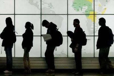 Πρώτο εξαγόμενο «προϊόν» της Ελλάδας οι εργαζόμενοι