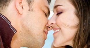 Λοιμώδης μονοπυρήνωση, η νόσος του φιλιού και της διασκέδασης. Πώς μεταδίδεται και ποια η θεραπεία;