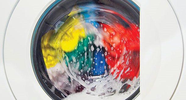 Πρέπει να πλένουμε τα συνθετικά ρούχα στο χέρι;
