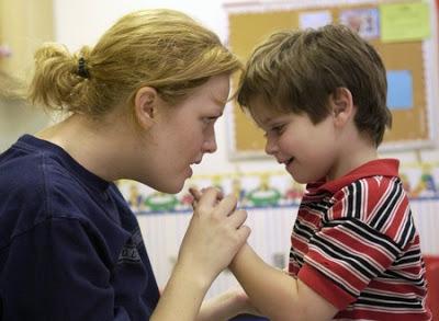 Το αυτιστικό παιδί και ο δάσκαλος. Οδηγίες για την εκπαιδευτική προσέγγιση