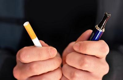 Tην περασμένη Πέμπτη, η κυβέρνηση εξίσωσε το κάπνισμα με το άτμισμα