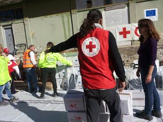 Ο Ερυθρός Σταυρός διένειμε είδη οικιακής χρήσης σε 3.616 πρόσφυγες και μετανάστες σε Σκαραμαγκά και Ριτσώνα»