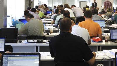 Αυξάνονται για 2ο μήνα οι μόνιμοι δημόσιοι υπάλληλοι