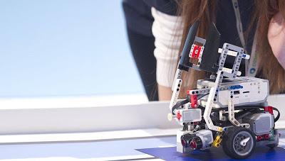 Διαδραστικά ψηφιακά παιχνίδια και εκθέματα, βιντεοπροβολές για επιστημονικά και τεχνολογικά θέματα, αύριο στο μετρό