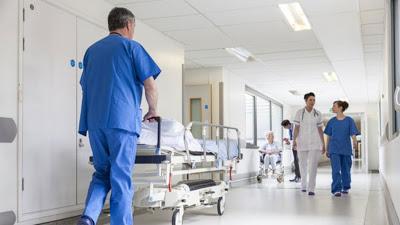 """Πόρισμα - βόμβα για τα δημόσια νοσοκομεία. """"Ύποπτες"""" δωρεές, εικονικές εισαγωγές και πλαστές αναρρωτικές"""