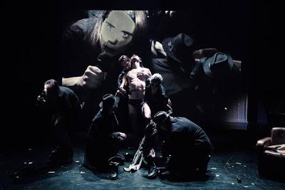 Ρομπέρτο Τσούκο: τελευταίες παραστάσεις στο Θέατρο Τέχνης