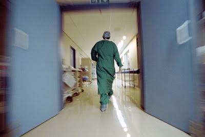 «Κίτρινος πυρετός» στα ελληνικά νοσοκομεία