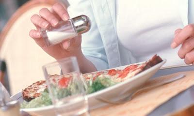 Για να περιορίσετε την νυκτουρία, τρώτε λιγότερο αλάτι