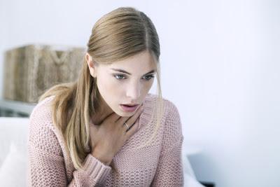 Δεν σας φτάνει ο αέρας και έχετε δύσπνοια; Ποιες οι αιτίες που την προκαλούν και πότε πρέπει να σας δει γιατρός;