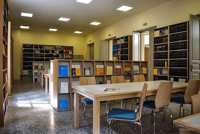 Η νέα Βιβλιοθήκη της Νομικής Σχολής στο αποκατεστημένο διατηρητέο κτήριο του Παλαιού Χημείου του ΕΚΠΑ
