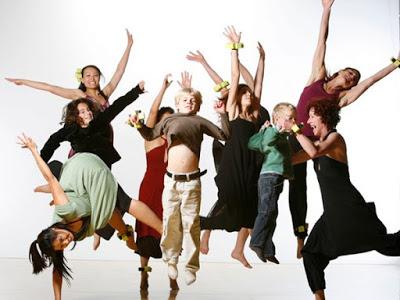 Ο χορός κάνει καλό στην καρδιά, αδυνατίζει, γυμνάζει, τονώνει, θεραπεύει