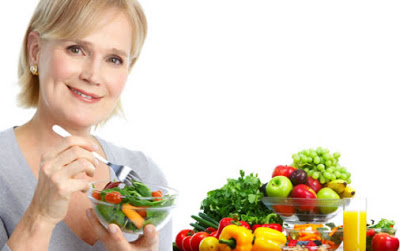 5 τρόφιμα που πρέπει να τρώμε περισσότερο μετά από τα 50