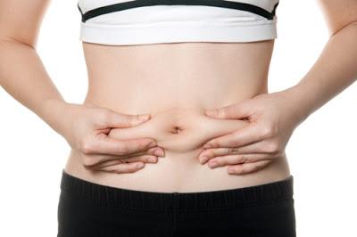 Ασκήσεις και δίαιτα για να χαθεί το σωσίβιο της κοιλιάς. Σε τι οφείλεται, τι πρέπει να τρώτε και ποια λάθη να αποφύγετε