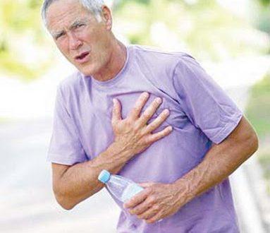 Πόνος στο στήθος. Ποιες είναι οι αιτίες που προκαλούν θωρακικό πόνο; Πώς θα καταλάβετε αν οφείλεται στην καρδιά;