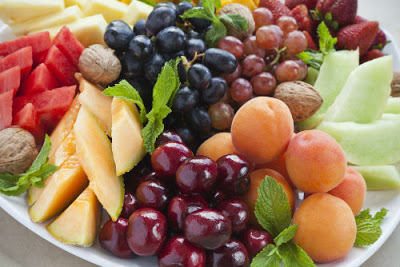3fb5e797118 Καλοκαιρινά φρούτα, η διατροφική τους αξία και πώς θα τα διαλέξουμε ...