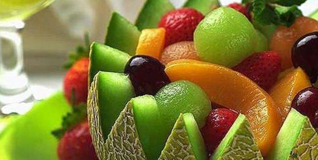 Πόσες θερμίδες έχουν τα πιο γνωστά καλοκαιρινά φρούτα