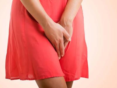 Βακτηριακή κόλπωση, η συχνότερη αιτία κολπικών εκκρίσεων, πόνου, φαγούρας και δυσοσμίας. Σε τι διαφέρει από την κολπίτιδα;