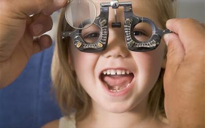 Οφθαλμολογικός έλεγχος: απαραίτητος στα παιδιά πριν αρχίσει το σχολείο