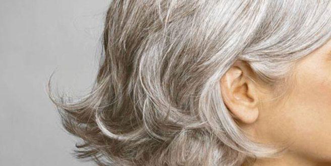 Τρεις λόγοι που τα μαλλιά γκριζάρουν σε μικρή ηλικία