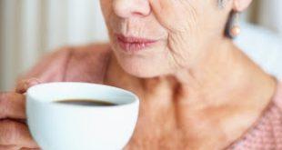 Όσο μεγαλύτερη είναι η κατανάλωση καφεΐνης, τόσο μικρότερος είναι ο κίνδυνος πρόωρου θανάτου για μια διαβητική γυναίκα
